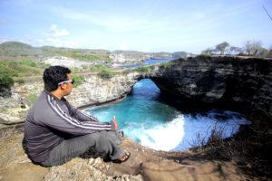 Broken Beach Nusa Penida@daytripnusapenida.com