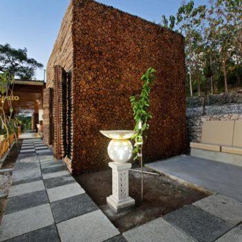 Kabeh Jati Garden Villa & Restaurant@daytripnusapenida.com
