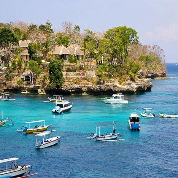 Mushroom Beach Nusa Lembongan@daytripnusapenida.com