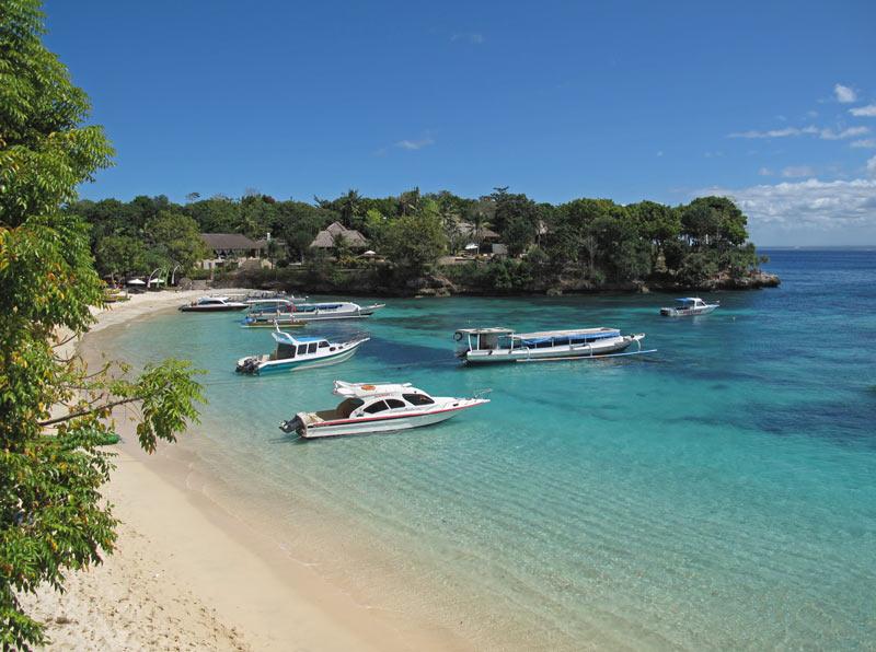 Mushroom Beach Nusa Lembongan,,